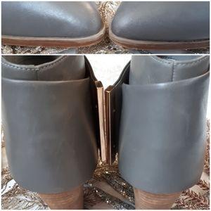 Aldo Shoes - Aldo Grey Leather Chunky Heel Bootie Size 7
